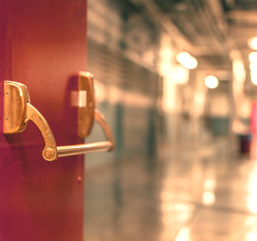 Puertas para salidas de emergencia - cortafuego